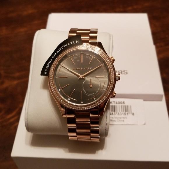 3967f1eee4e0 Michael Kors Hybrid Smartwatch